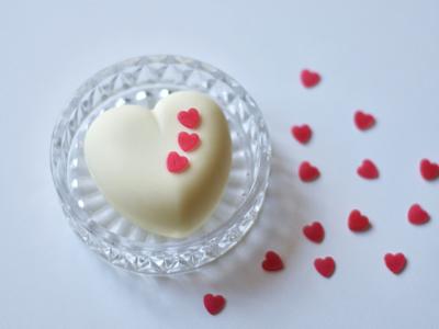 Rosen Milch Herzseife