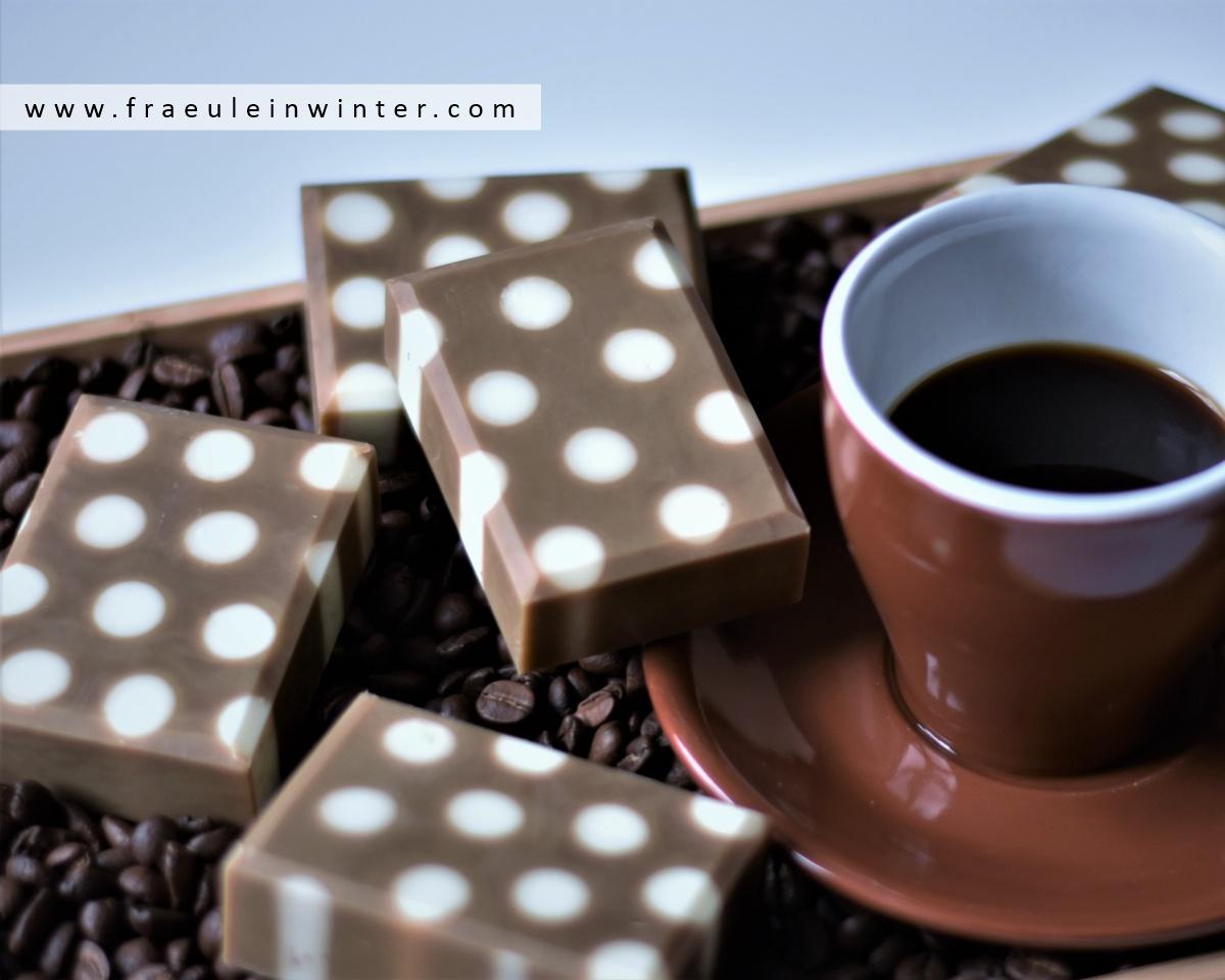 Handgemachte Kaffeeseife